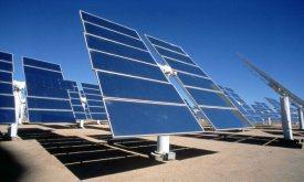 未来のiPhoneは太陽光駆動?Appleが光電池と画面の一体化で特許取得