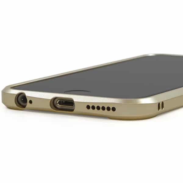 iPhone アルミバンパー