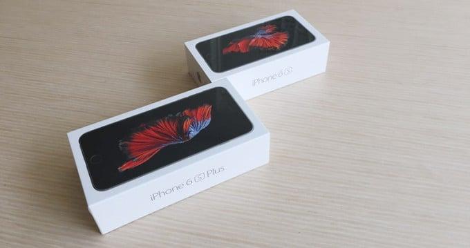 Unboxing_iPhones_Blogpost